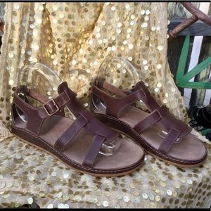 NEW Chaco Audrey Pinecone Leather Sandals